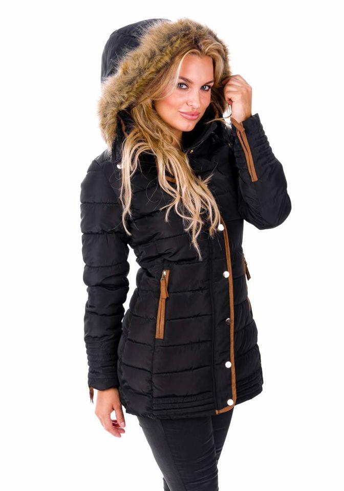 Kurtki bomberki Długie wełniane płaszcze kurtki bomberki, kożuchy, czy puchowe kurtki zimowe – istnieje wiele rodzajów okryć. Różnorodne modele są w stanie zapewnić nam ciepło i wszystkie możemy znaleźć i kupić w internecie.