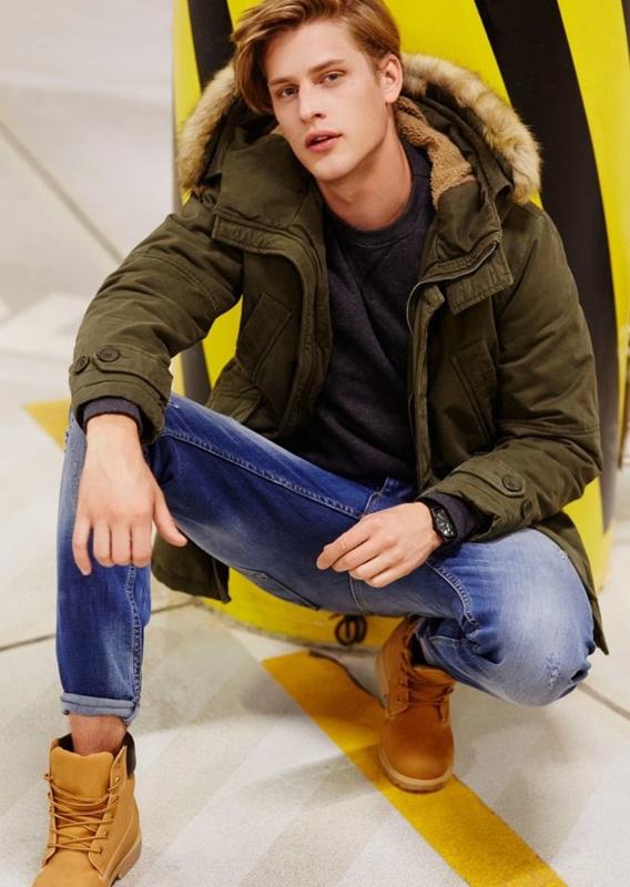 Stylizacja nr 72 - kurtka, bluza, spodnie jeansowe, buty