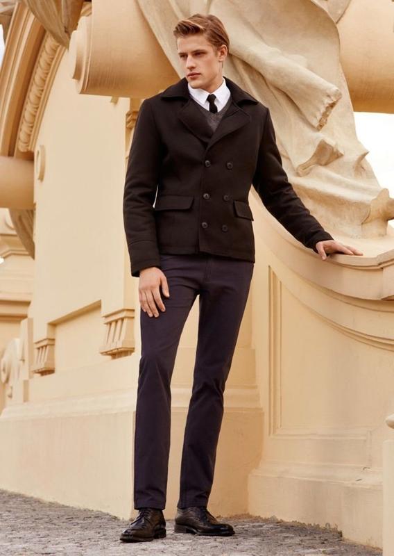 Stylizacja nr 74 - płaszcz, sweter, koszula, spodnie chinosy