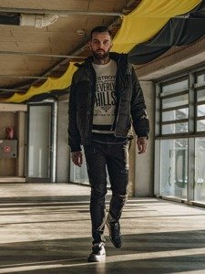 Stylizacja nr 122 - kurtka zimowa, longsleeve z nadrukiem, spodnie jeansowe, buty