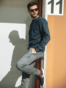 Stylizacja nr 216 - bluza bez kaptura, spodnie dresowe baggy, buty